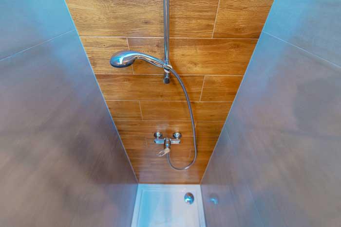 La possibilit di crearsi la propria doccia in casa for Creare la propria casa